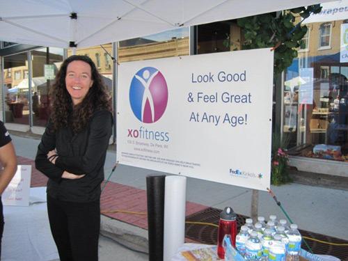 Lori-at-XO-Fitness-booth